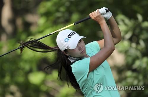 김인경, 볼빅챔피언십 3R 공동 2위… 이민지 단독선두