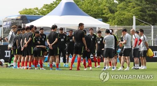 '최후의 23인 태극전사' 공개 D-2… 이청용·김진수 운명은?
