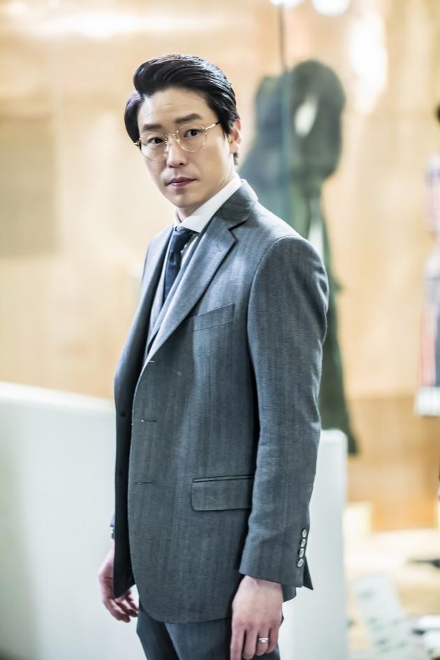 엄기준, '흉부외과' 출연 확정…'피고인' 팀과 재회