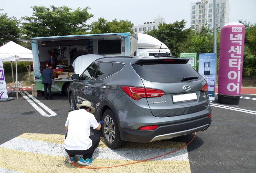 넥센타이어, 고속도로 무상점검 캠페인 실시