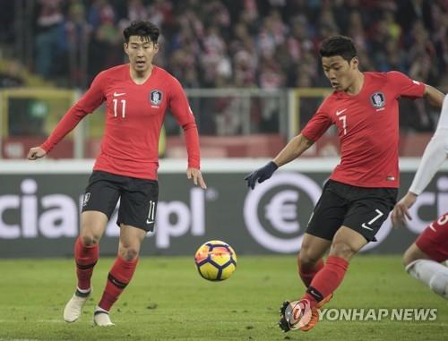[월드컵] 손흥민·황희찬, 볼리비아전 투톱…장현수 선발