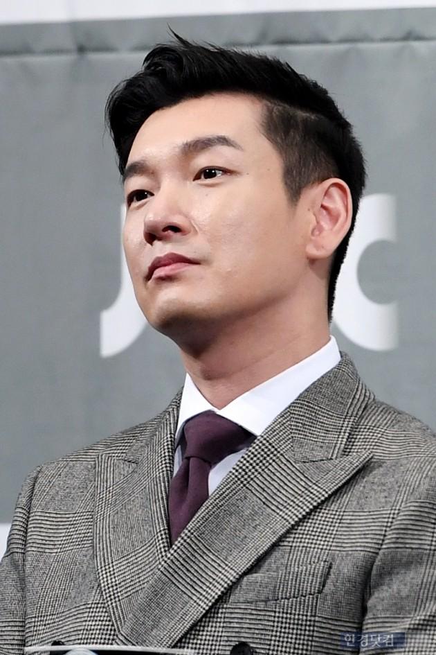 [HK영상] 연기의 神 조승우, '내 캐릭터... 극혐이야'