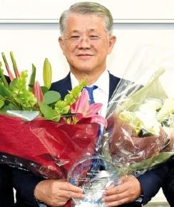 '亞 기부왕' 최신원, 글로벌 경영대상
