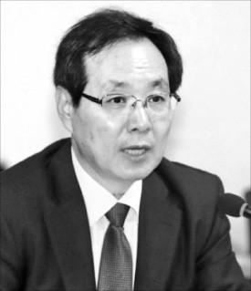"""류장수 """"두 달 반짝 논의로 최저임금 결정… 제도 개선 시급"""""""