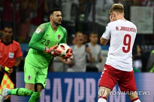 [월드컵] '승부차기 실축' 덴마크 예르겐센, 살해협박 받아