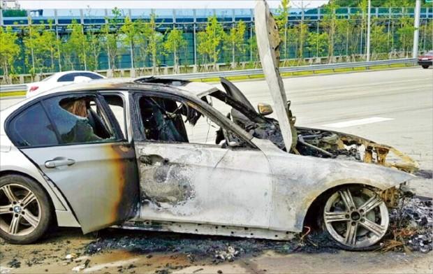 겁나는 BMW… 9일에도 두 대 불탔다