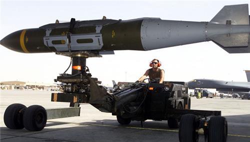 나토 11개 회원국+핀란드, 공대지 정밀유도폭탄 공동 구매
