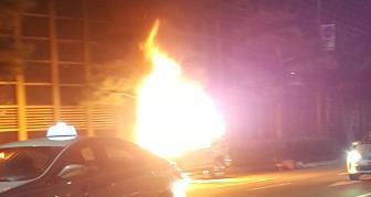 """분당서 혼다CRV 화재… """"운전석 에어컨 송풍구서 연기"""""""