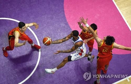 [아시안게임] 라건아 앞세운 허재호, NBA스타 클락슨의 필리핀과 정면충돌