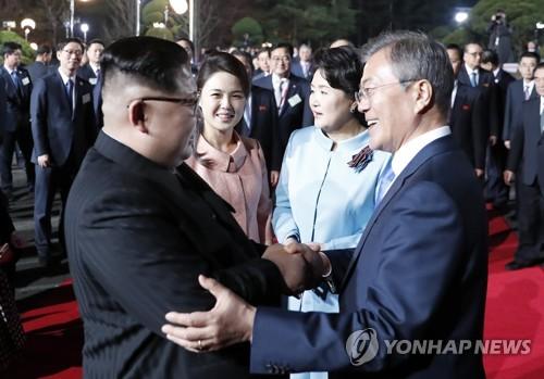 """靑, 8월 남북정상회담설에 """"아무것도 결정된 바 없어"""""""