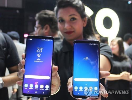 中 원플러스, 인도 프리미엄 휴대전화 1위…삼성·애플 제쳐