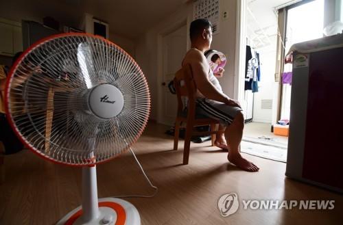 폭염에 7월 아파트 정전 두 배로 증가…전력설비 고장 탓