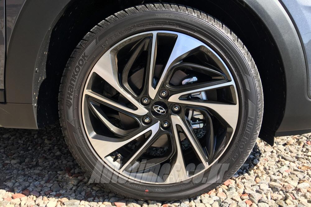 [시승]보다 지능화 된 SUV, 투싼 페이스리프트