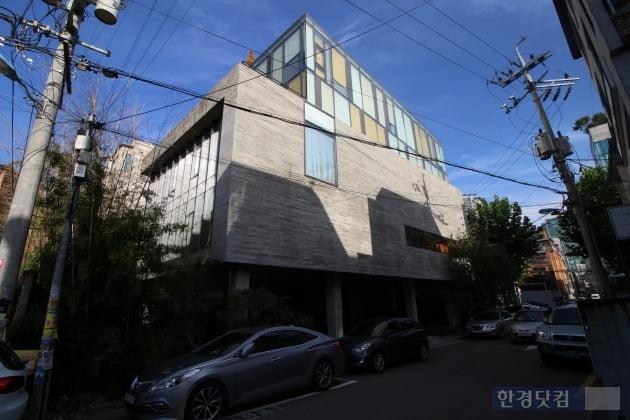 2018년 6월 연남동 최고가인 116억원에 거래된 애경디자인센터