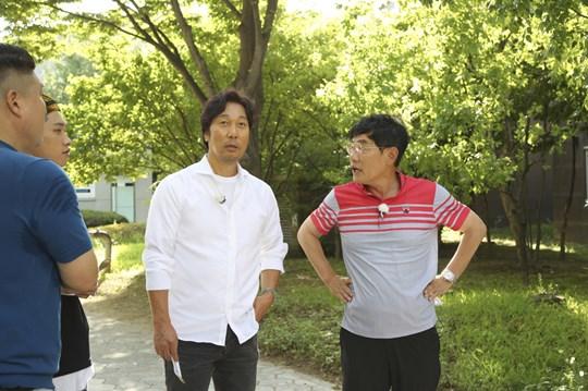 '한끼줍쇼' 이문세와 이경규 (사진= JTBC 제공)