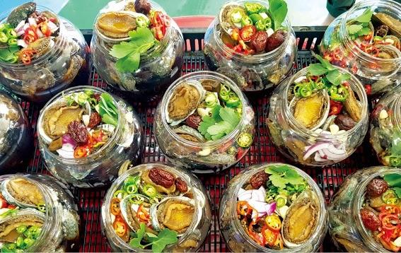 전복장아찌·삼치회… 전라도 백반의 진수 남도의 맛에 홀리다