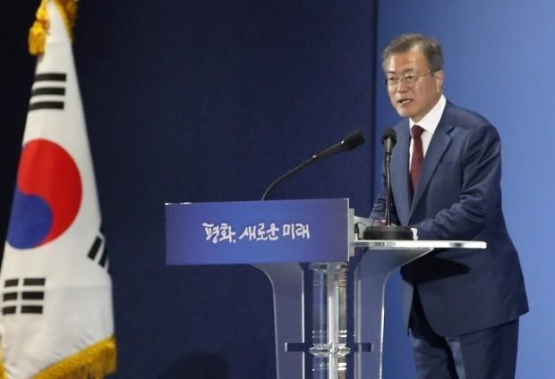 문 대통령, 프레스센터서 '대국민 보고' (사진=연합뉴스)