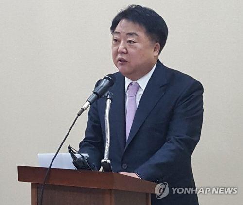 """""""특정인이 음해"""" 발언 한범덕 청주시장 기소의견 송치"""