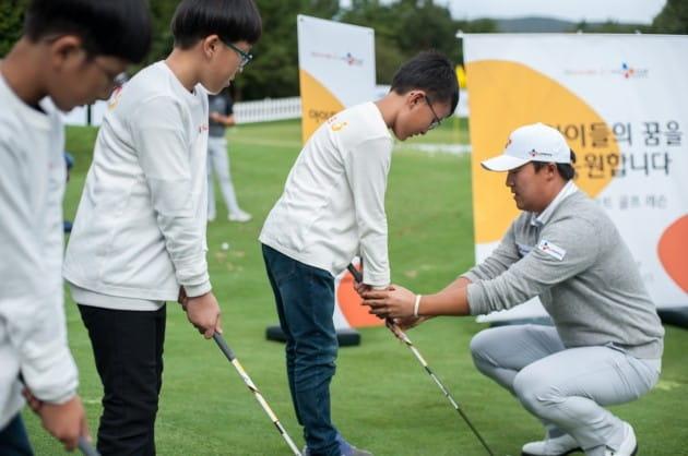 CJ그룹, 제주 골프꿈나무 대상 '브릿지 키즈' 이벤트 개최