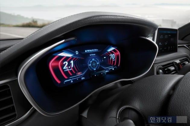 2019년형 G90에 들어간 12.3인치 3D 클러스터 모습. (사진=현대차)