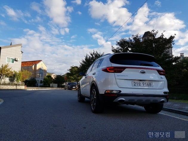[타봤습니다] 경제성 돋보이는 2000만원대 SUV, 스포티지 1.6 디젤