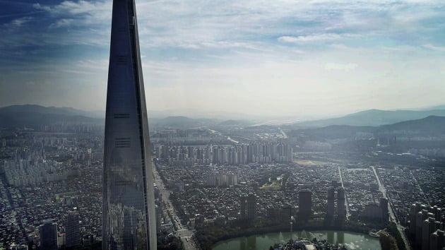 서울 가락동 옛 가락시영아파트를 재건축해 오는 연말부터 입주를 시작하는 '송파헬리오시티'. HDC현대산업개발 제공