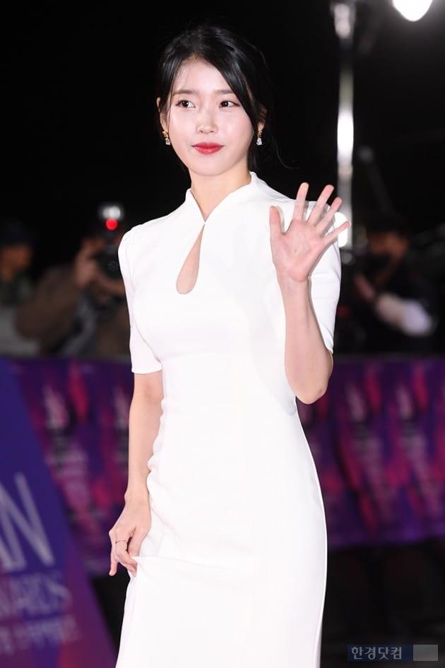 [포토] 아이유, '순백의 아름다운 모습'(APAN)