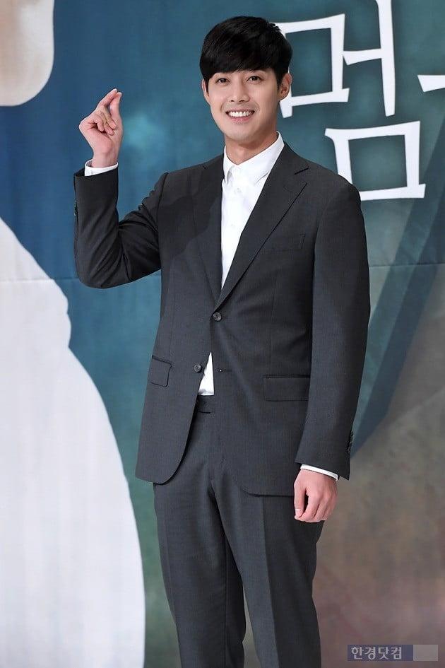 배우 김현중이 '시간이 멈추는 그때'를 통해 4년 만에 안방극장에 복귀했다.   /사진=변성현 기자