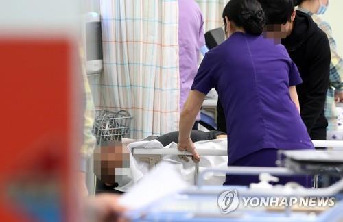 """경주 강도 용의자·피해자 이틀째 입원 중…""""수사 시간 걸려"""""""
