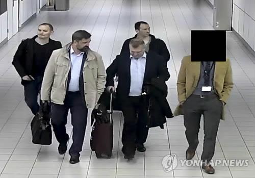 러시아 정보기관 또 실수…스파이 300여명 신원 노출
