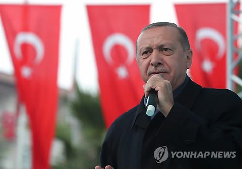"""카슈끄지 피살 정황 녹음들 공개한 터키는 '감시의 천국"""""""