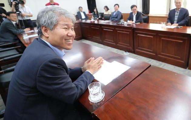 김수현 청와대 사회수석. 한경DB