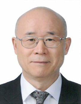 [시론] 한국형 경영 리더십 전문가 양성이 시급하다 … 이종윤 외대 명예교수