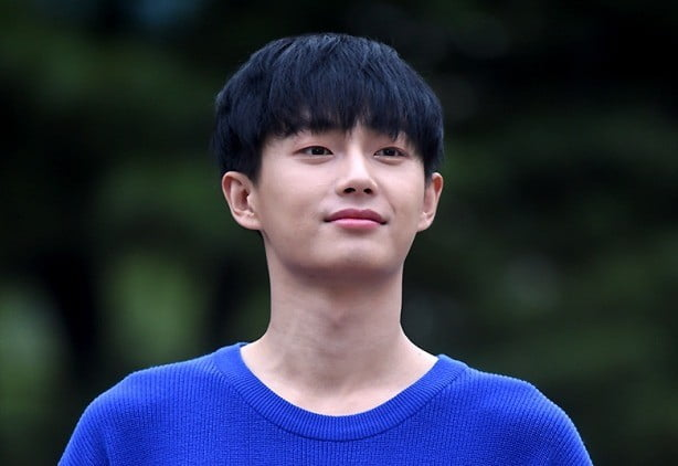 """JBJ 김용국-소나무 나현 """"응원하는 사이일 뿐 열애 아니다"""" [공식입장]"""