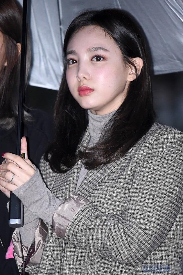 [포토] 트와이스 나연, '깜찍한 모습이 사랑스러워~'