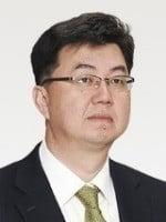 [조일훈 칼럼] 홍남기 부총리가 성공하려면