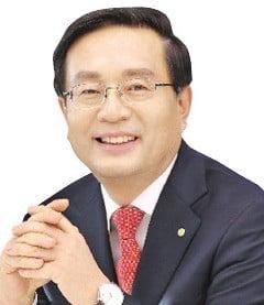 우리금융지주, 4년 만에 부활…손태승號 과제는?