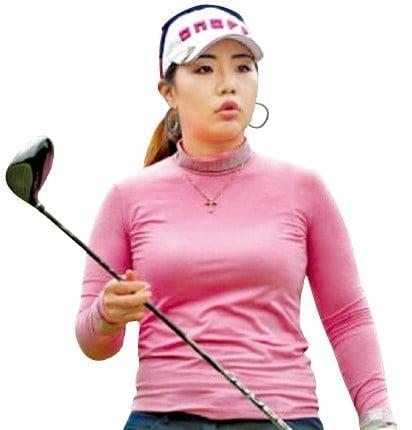 황아름, 日투어 시즌 3승…골프인생 '황금시대' 열었다