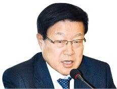 """김영주 무역협회장 """"통상 악화로 내년 수출 증가세 둔화될 것"""""""