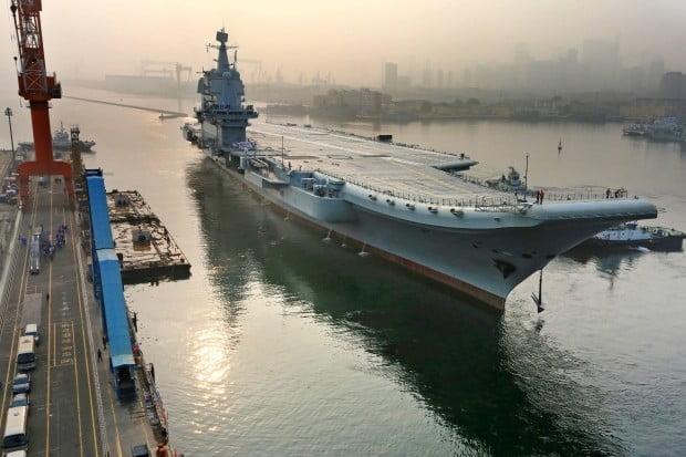 미·중 무역전쟁 여파…중국 세번째 항공모함 계획 차질