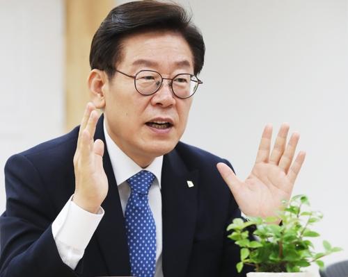 """이재명 """"김영환·김부선 불기소의견 송치는 '답정너'"""""""