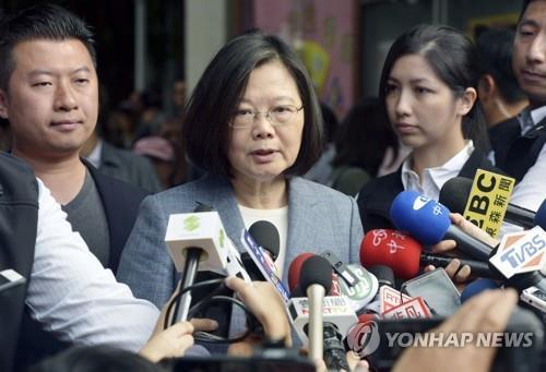 中 전방위 압박 통했나…대만인들 '독립'보다 '안정' 택해