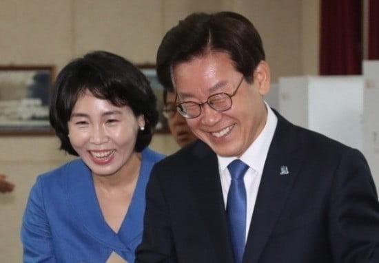 사전투표하는 이재명 후보 (사진=연합뉴스)
