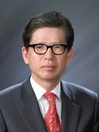 한국부동산학박사회 신임 회장에 이우진씨 선임