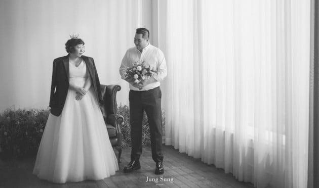 신기루 결혼 /사진제공=해피메리드컴퍼니,웨딩디렉터 봉드, 정성스튜디오, 로자스포사, 아미엘리플라워, 정민경스타일리스트, 순수이야기점, 규중칠우