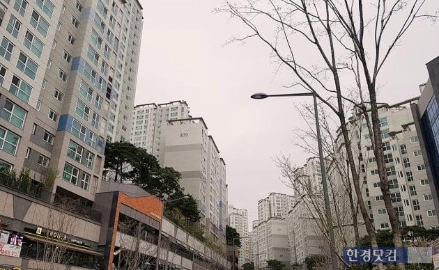 서울 아현뉴타운 아현3구역을 재개발한 마포래미안푸르지오. 전형진 기자