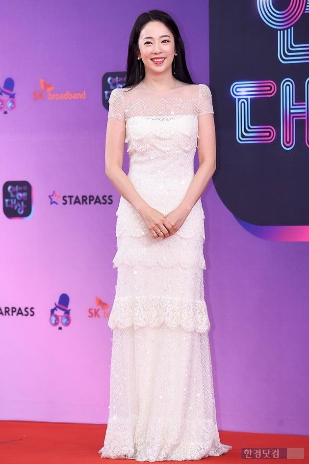 [포토] 박은영 아나운서, '순백의 드레스로 우아하게~' (2018 KBS 연예대상)