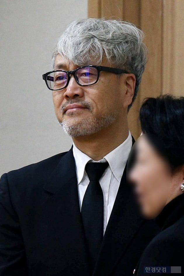 [포토] 김종진, '故 전태관 받아들이기 힘든 이별'