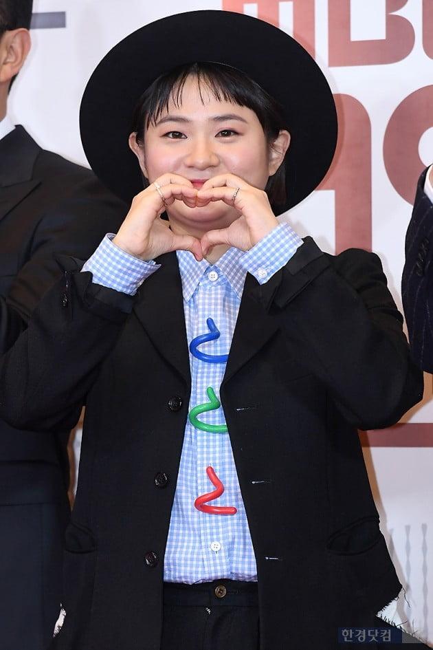 [포토] 김신영, '라디오 많이 사랑해 주세요~' (2018 MBC 방송연예대상)