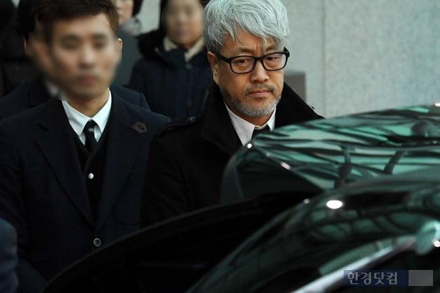 [포토] 故 전태관 발인 … 김종진 '친구 위한 마지막 배웅'